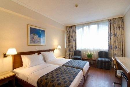 Titania Hotel - letecky