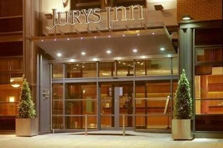 Jurys Inn Parnell Street Hotel Snídaně