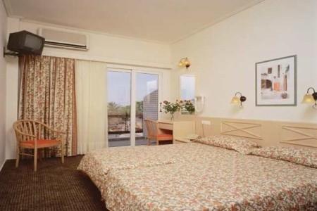 Jason Inn Hotel - v červnu