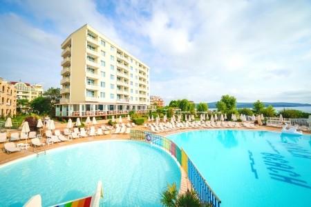 Perla Beach - Bulharsko letecky z Sliače