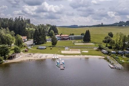 Racek - Černá V Pošumaví, Česká republika, Lipno