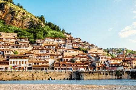 Balkánské dobrodružství, Hotel Rinia 2 - Albánie letecky z Prahy - Albánie 2020 / 2021