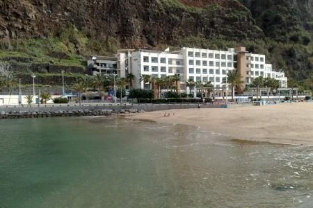 Calheta Beach - Na pláži
