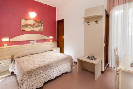 Hotel Napoleon*** - Gabicce Mare - Plná penze