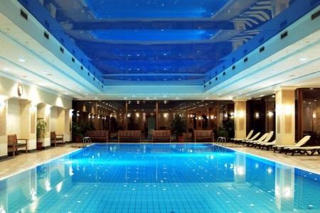 Budapešť, Danubius Grand Hotel Margitsziget **** S - v září