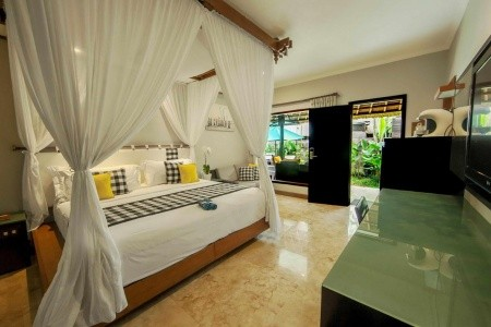 Legian Beach Hotel - Kuta Beach - First Minute - od Invia