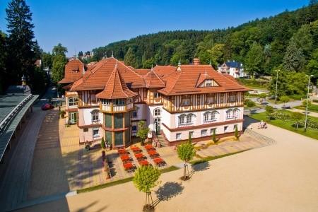 Hotel Jurkovičův Dům - Luhačovice v srpnu