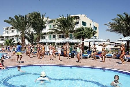 Hotel Royal Star Empire Beach Resort