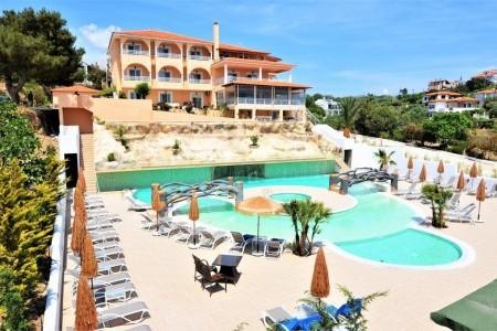 Grand Beach Hotel - v červnu