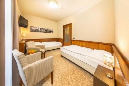 Relaxace V Hotelu Zlatá Hvězda****, Česká republika, Jižní Čechy
