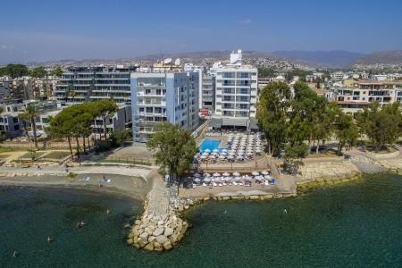 Harmony Bay Hotel - Kypr letecky z Bratislavy s polopenzí