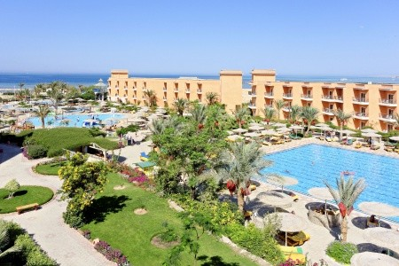Three Corners Sunny Beach Resort - v srpnu