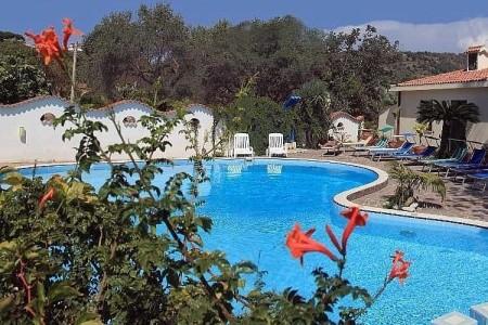Hotel Punta Faro Letecky