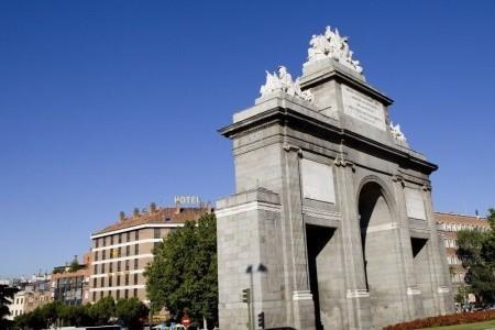Puerta De Toledo - v září