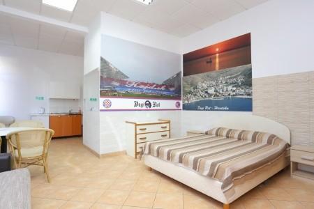 Ubytování Dugi Rat (Omiš) - 15516 - Last Minute a dovolená