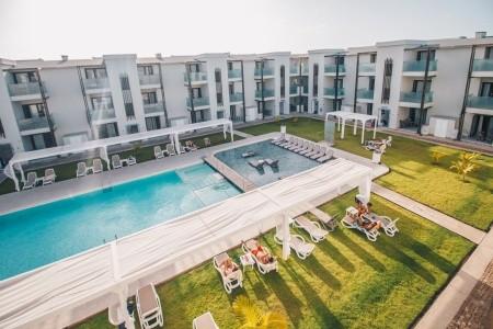 Halos Casa Resort - silvestr