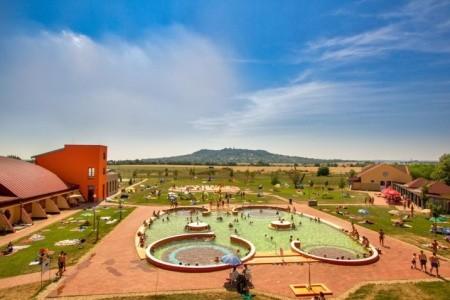 Jufa Vulkan Camping Resort: Rekreační Pobyt 6 Nocí, Maďarsko, Maďarské termální lázně