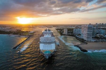 Usa, Antigua A Barbuda, Bahamy Z Miami Na Lodi Symphony Of The Seas - 394112313P