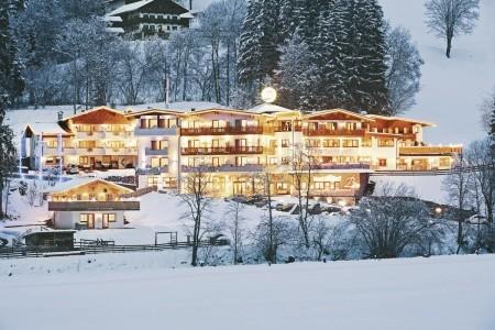 Hotel Berghof - Tauplitz  - Rakousko