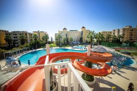 Adriatik Hotel Snídaně