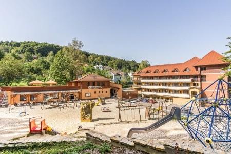 Luhačovice, Hotel Ambra**** - Ubytování v Luhačovicích