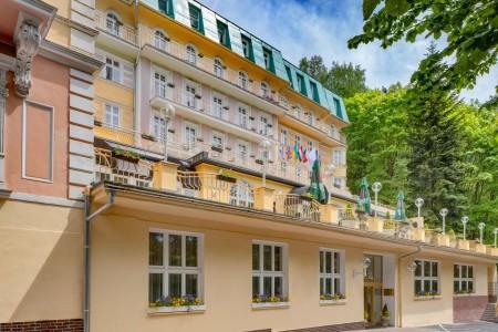 Lázeňský Hotel Vltava:relaxační Lázeňská Dovolená - 7 Nocí