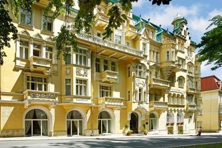 Lázeňský Resort Svoboda: Lázně Pro Seniory - 5 Nocí