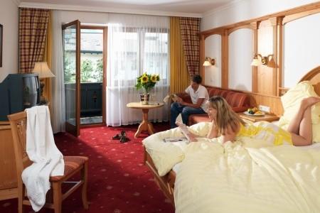 Hotel Restaurant Feldwebel – Söll - v březnu