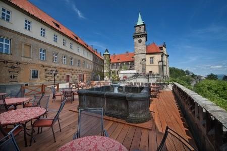 Zámecký Hotel Hrubá Skála - Ubytování Český Ráj