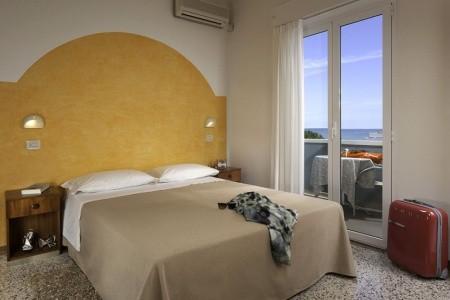 Hotel Pacific*** - Riccione