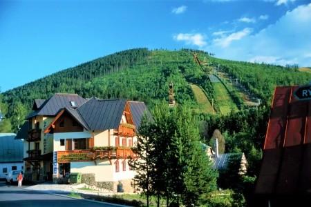 Sport Hotel Pomi - Levné ubytování v Krkonoších