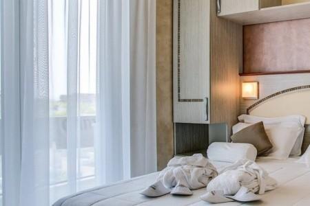 Hotel Gambrinus Tower Resort**** - Bellaria
