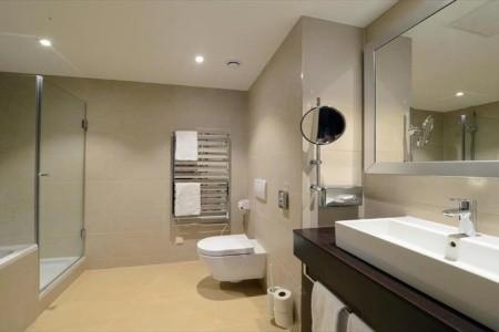 HiLight Suites Hotel - ubytování