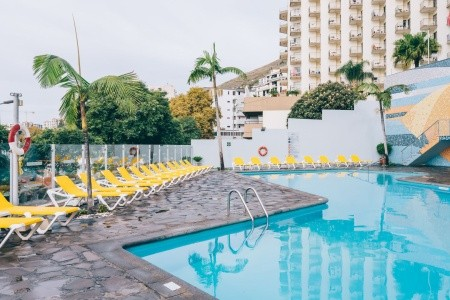 Muthu Raga Madeira Hotel - Madeira  se snídaní v únoru