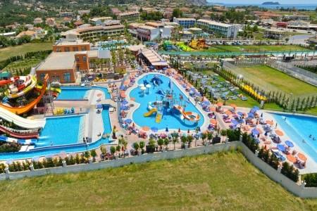 Hotel Caretta Beach Resort