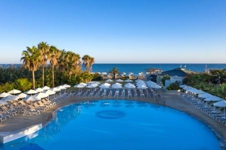 Hotel Minos Mare - u moře