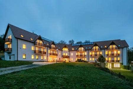 Pytloun Wellness Hotel Hasištejn: Rekreační Pobyt 6 Nocí, Česká republika, Krušné Hory