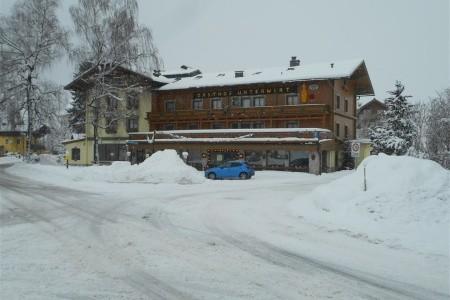 Lyžování V Rakousku - Maishofen - Penzion Unterwirt A Jeho D - Salcbursko - Rakousko