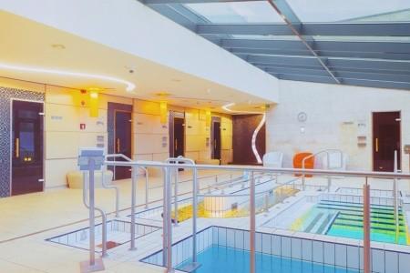 Bük, Hunguest Hotel Répce Gold**** S Přímým Vstupem Do Termálních Lázní, Maďarsko, Západní Zadunají