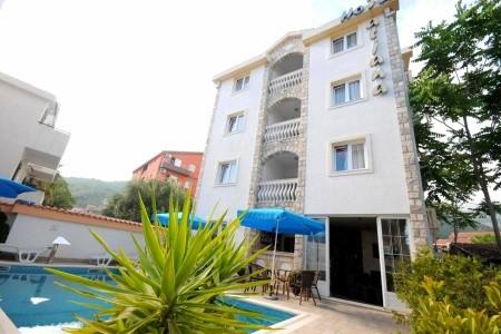 Hotel Tatjana - letecky