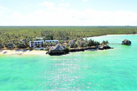 Reef And Beach Resort  (4