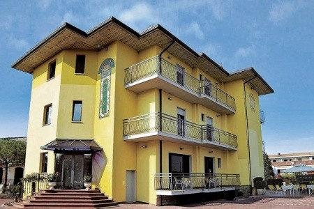 Villa Rosa - Itálie v dubnu