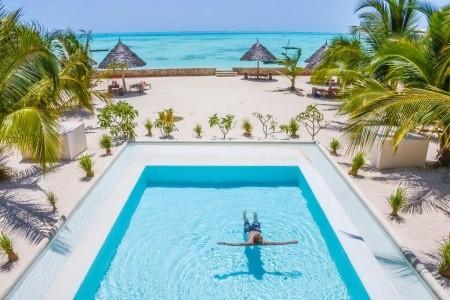 Nur Beach Hotel