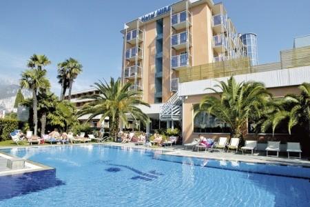 Lake Front Hotel Mirage - Itálie v dubnu