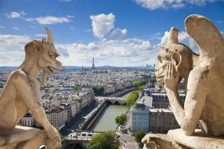 Paríž 2021 - Francie letecky z Vídně
