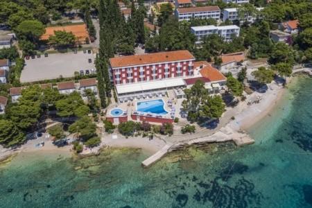 Hotel Bellevue - Chorvatsko v červenci
