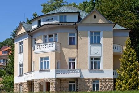 Penzion Vepřek - Penziony Luhačovice