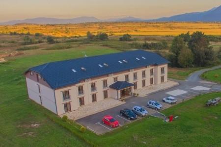 "Turistický Komplex ""Big House"" Plitvička Jezera - Polpenzia"