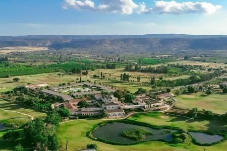 Borgo Di Luce I Monasteri Golf Resort 7 Nocí A 5X Golf - v listopadu