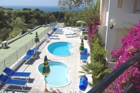 Hotel Castiglione Village Spa 3* S Bazénem Pig - Lázně